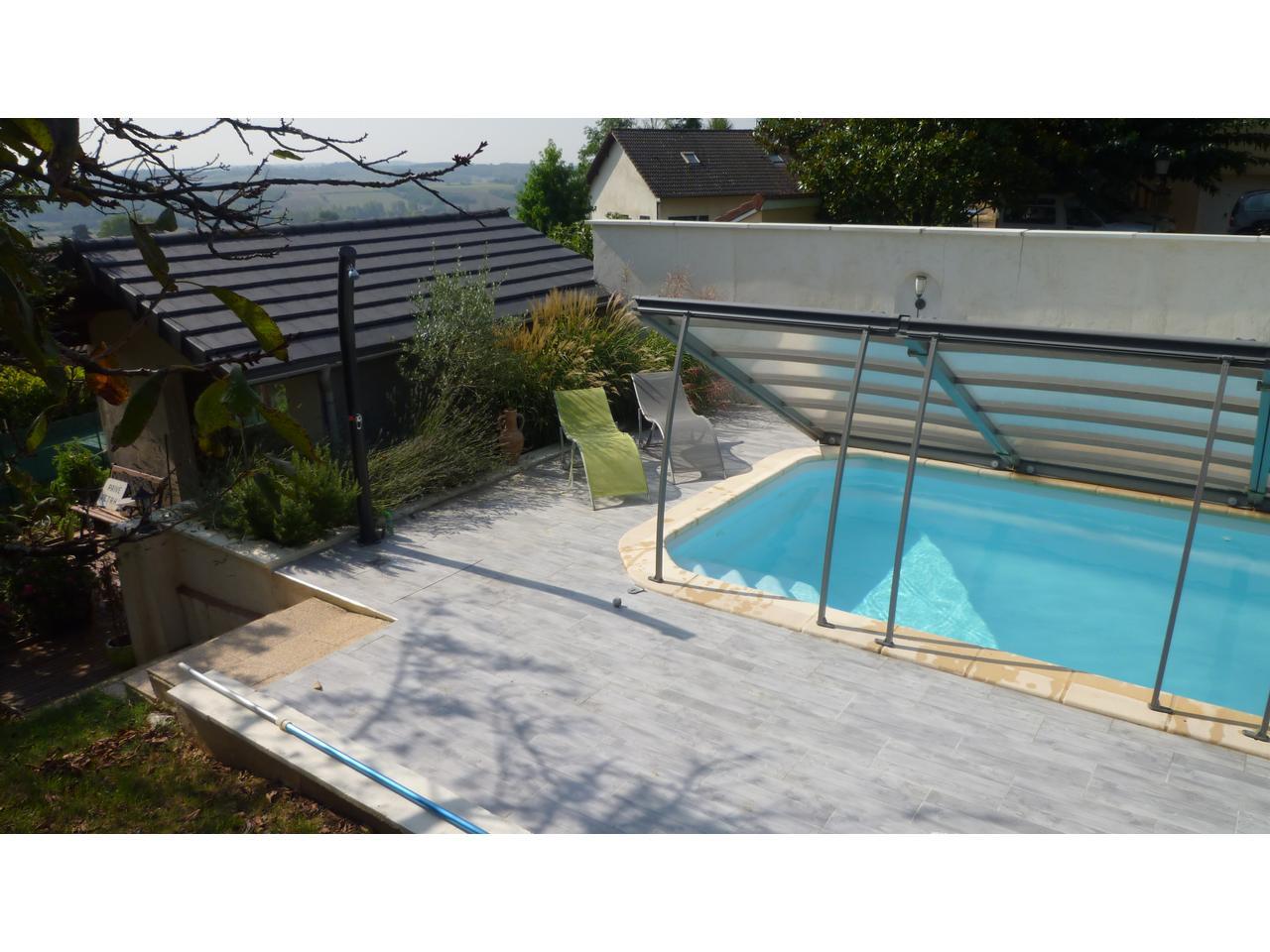 annonce vente villa chaponnay 69970 140 m 385 000 992738524131. Black Bedroom Furniture Sets. Home Design Ideas